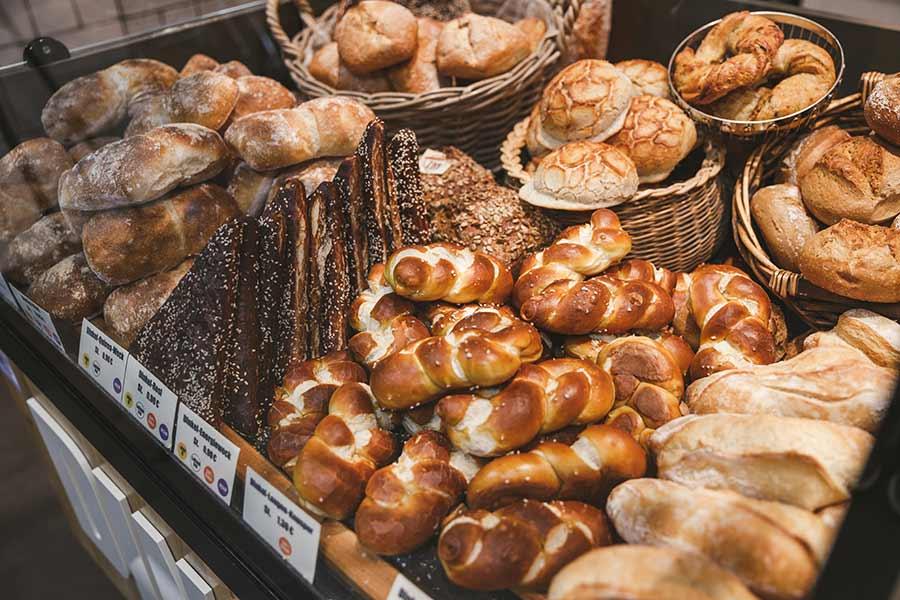 Bäckerei beim REWE Roth in Stuttgart